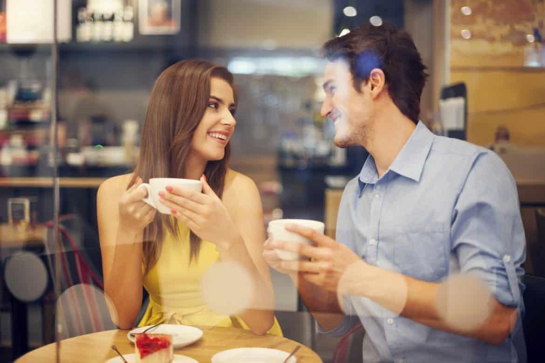 178025732 - Supaya Nggak Kelamaan Jomblo, Kamu Harus Coba 5 Trik Online Dating Ini