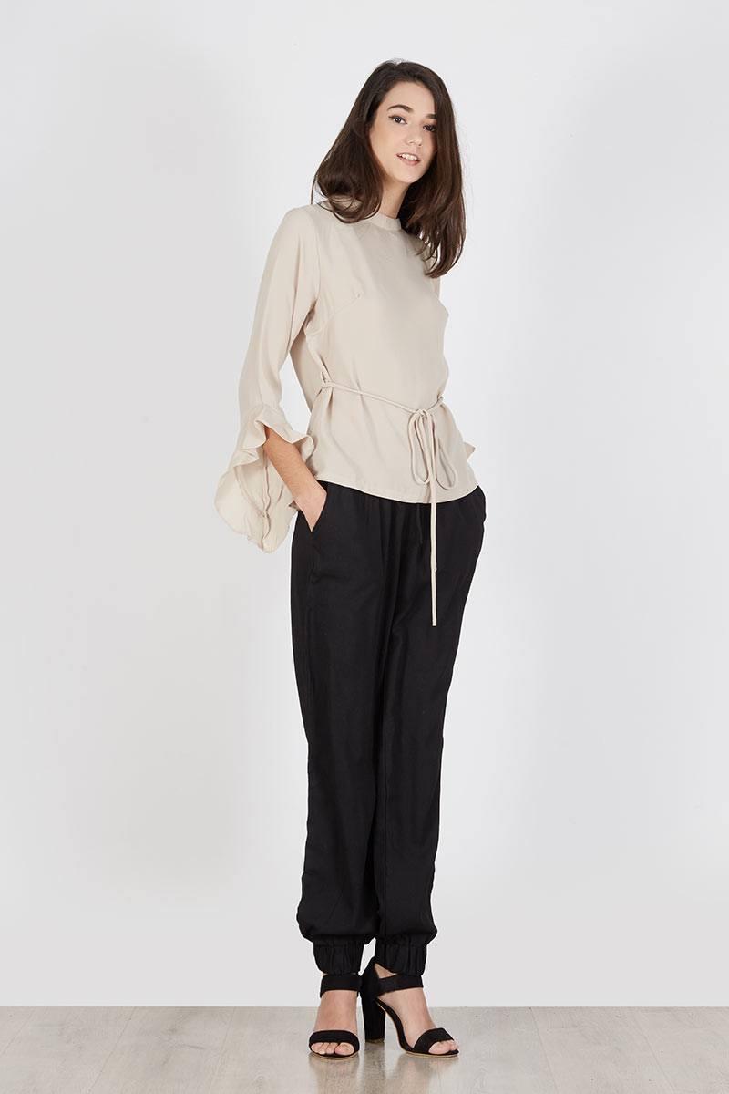 191769 panana ruffle top khaki khaki VQAZB - Bosan Baju Lebaran Warna Putih? Coba 11 Blouse Berwarna Pastel di Bawah 250 Ribu Ini!
