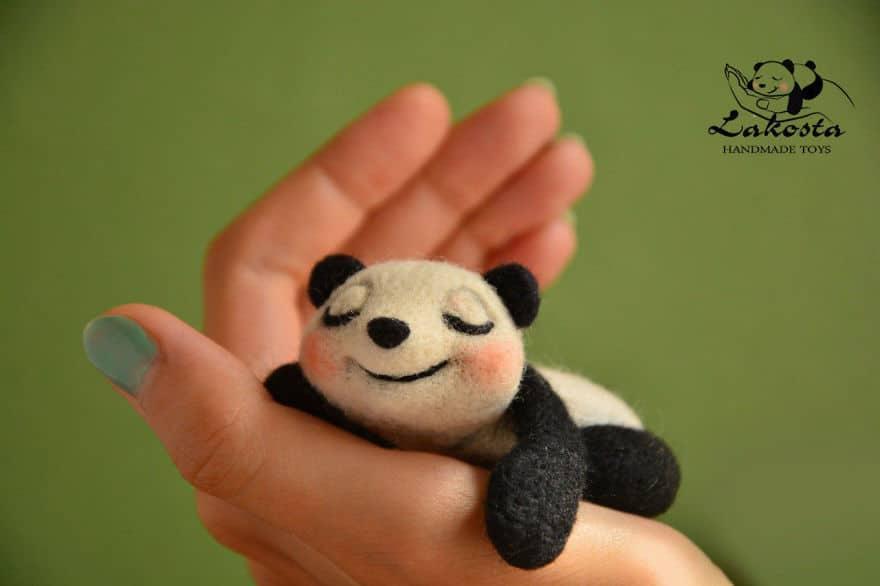 20 Cutest Felted Toys Ever By LaKosta 59b2b3b55615f 880 - Cute Banget, Kamu Pasti Gak Nyangka Kalau 18 Miniatur Hewan Ini Dibuat dari Kain Wol