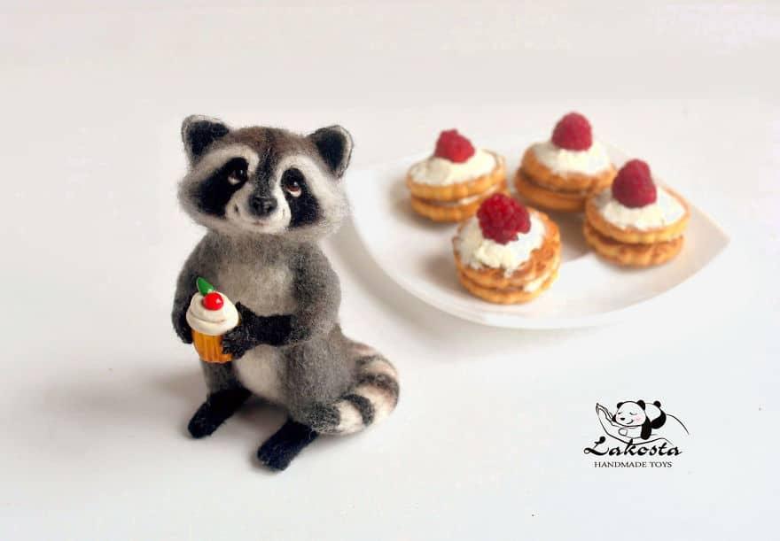 20 Cutest Felted Toys Ever By LaKosta 59b2b3c76f6f0 880 - Cute Banget, Kamu Pasti Gak Nyangka Kalau 18 Miniatur Hewan Ini Dibuat dari Kain Wol