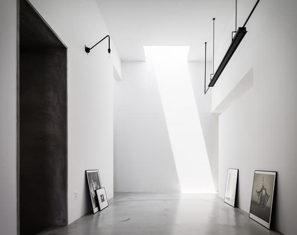 5a2f56c26deab_4 Meski Lahan Terbatas, Rumah Bisa Terlihat Fotogenik dengan 9 Inspirasi Desain Minimalis Ini