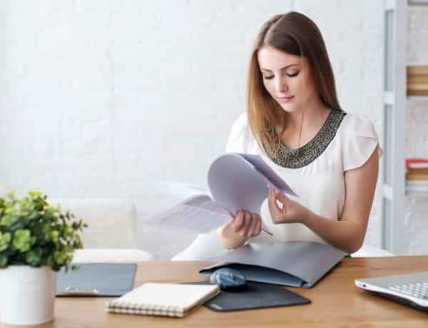 How to Develop a Home Office Strategy for Effective Remote Work 600x460 - Biar Jadi Cewek yang Lebih Smart, 8 Hal Ini Wajib Kamu Cobain Sebelum Umur 24