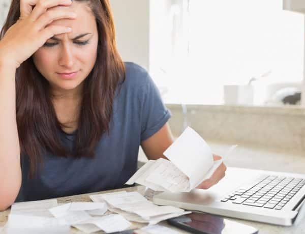 MW CY781 woman 20141110134812 ZH 600x460 - 5 Kesalahan yang Sering Dilakukan Anak Muda dalam Mengelola Keuangan