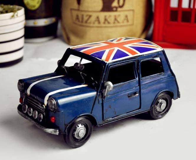 Retro mini car model toy car models minicooper iron metal ornaments photography props vintage car - Sangat Bermanfaat, 13 Kegunaan Rahasia Vaseline untuk Peralatan Rumah Ini Perlu Kamu Tahu