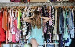 What to wear11 240x150 - Lemari Penuh dan Bingung Mau Pakai Baju Apa? Jawab 2 Pertanyaan Ini untuk Temukan Solusinya!