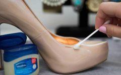 article l 2015926417441563855000 240x150 - Sangat Bermanfaat, 13 Kegunaan Rahasia Vaseline untuk Peralatan Rumah Ini Perlu Kamu Tahu