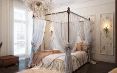 bedroom wall decor romantic and traditional bedroom traditional bedrooms are all about cozy four 16 240x150 - Membuat Kamar dengan Nuansa Romantis Ternyata Enggak Sulit. Lihat 6 Triknya Ini!