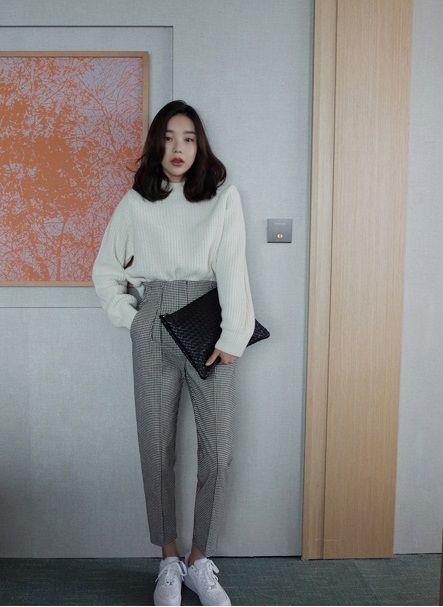 e0ac663c8da37e9423ee504b6e2fb540 Inspirasi 4 Outfit Ala Cewek Korea di Musim Gugur Ini Cocok Buat Melindungi Tubuhmu dari Bahaya Musim Pancaroba