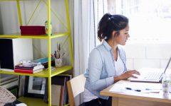 femme appartement etudiant 240x150 - Kalau Mau Jadi Blogger Sukses, Hindari 7 Kesalahan Ini!