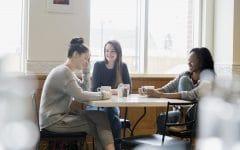 friendsfinance02 1290x860 240x150 - Biar Sukses Bareng-bareng, 5 Hal tentang Keuangan Ini Bisa Kamu Bicarakan dengan Sahabatmu