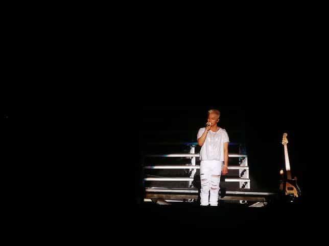 img20171013205209 Bertema Serba Putih, Taeyang Sukses Gelar Konser Tunggalnya di Jakarta