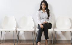 o WOMAN IN WAITING ROOM facebook 240x150 - Inilah 7 Alasan Kenapa Anak yang Baru Lulus Kuliah Susah Dapat Pekerjaan
