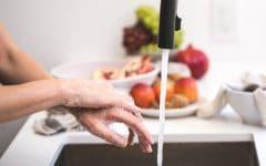 pexels photo 545021 240x150 - Bisa Menimbulkan Penyakit, 10 Barang yang Sering Dipakai di Rumah Ini Wajib Rutin Kamu Bersihkan