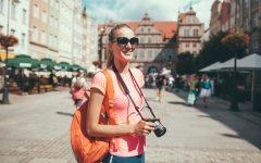 solo female traveler 240x150 - Saat Libur Panjang Semester, Inilah 7 Hal Bermanfaat yang Bisa Dilakukan Mahasiswa