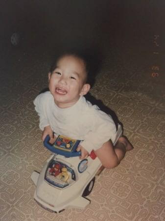 suho1 Berwajah Imut, Intip Foto Masa Kecil 7 Leader K-Pop yang Bakal Bikin Kamu Gemas Melihatnya