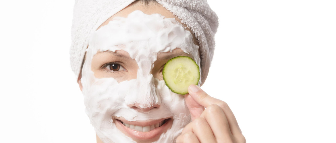 72140797-smiling-woman-in-a-face-mask-1170x500 Rimma.co - Smart is the New Chic