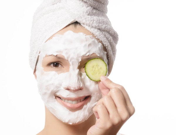 72140797 smiling woman in a face mask 600x460 - Rimma.co - Smart is the New Chic