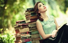 Wallpaper of beautiful girls are reading the books 8 240x150 - 5 Profesi Ini Paling Cocok Buat Kamu yang Suka Baca Buku