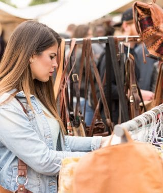 young-woman-shopping-mauerpark-flea-market-berlin-germany-578239021-5873f2383df78c17b6122092-320x380 Rimma.co - Smart is the New Chic