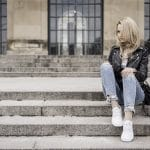 ootd-outfit-post-leather-jacket-blue-jeans-zara-white-sneakers-vans-blonde-tumblr-girl-street-style-fashion-150x150 Rimma.co - Smart is the New Chic