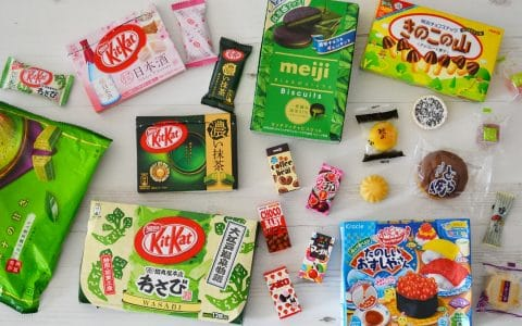 https://www.annetravelfoodie.com/japanese-sweets/