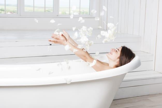 Bagai Spa di Rumah, 7 Produk Sabun dengan Aroma Segar dan Menenangkan Ini Bikin Lupa Waktu Saat Mandi